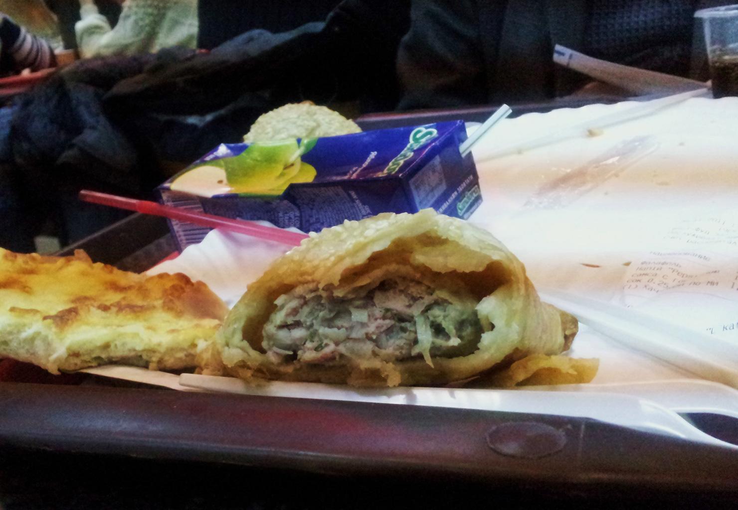 Een broodje knoflook-varkensvet, de Oekraiëners staan niet bekend om hun cuisine…