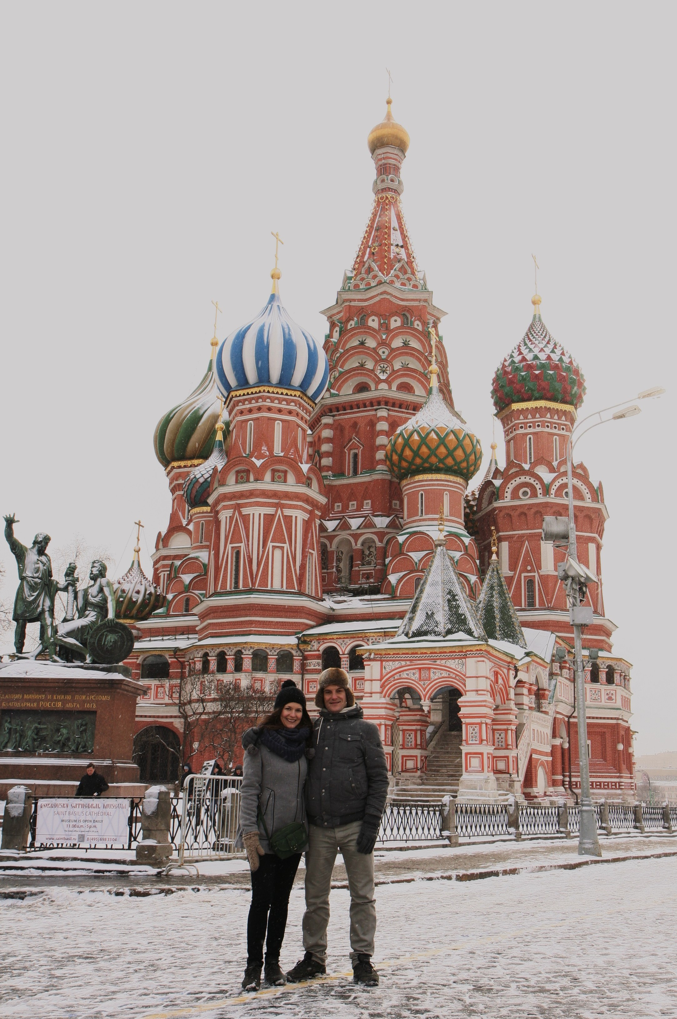 Poseren bij de Basilius- of Pokrov kathedraal :-)