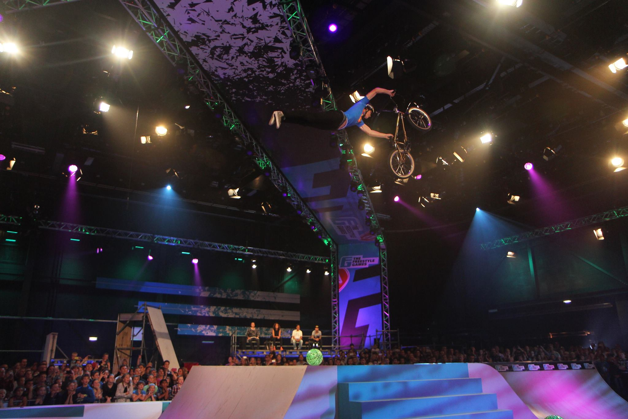 BMX-skills bij tv-programma The Freestyle Games